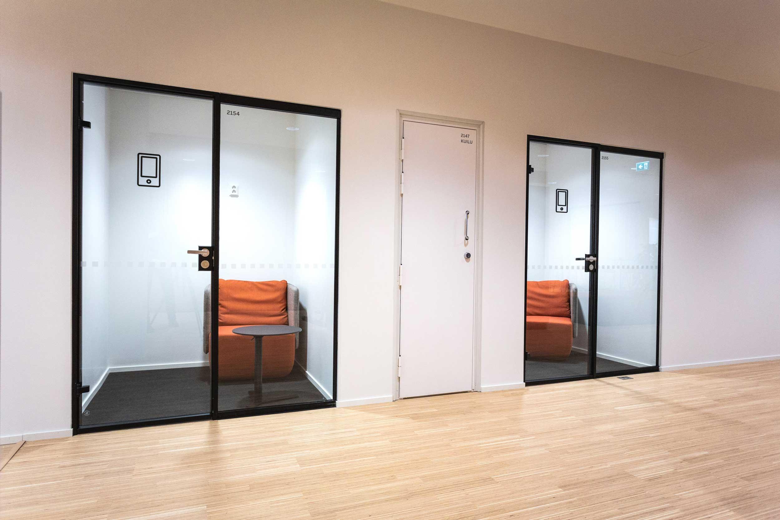 Scanmikael Office glass walls_Soundproof glass walls_ABB Vaasa, Finland