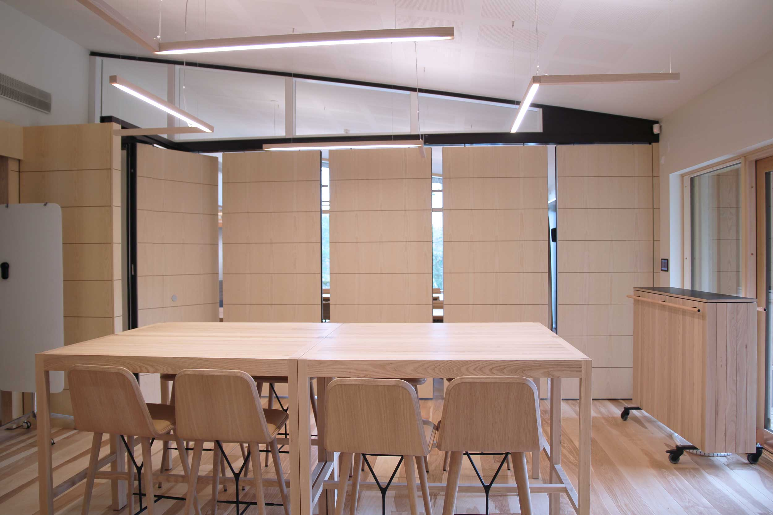 Scanmikael soundproof _movable and folding panel wall_Neste head office, Porvoo