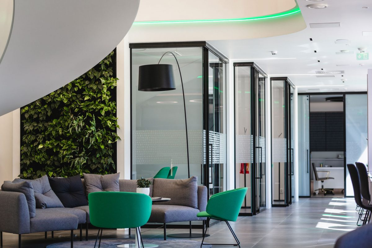 Scanmikael Office glass walls_Electrically dimmable Smart glass walls_OmaSp, Seinäjoki, Finland