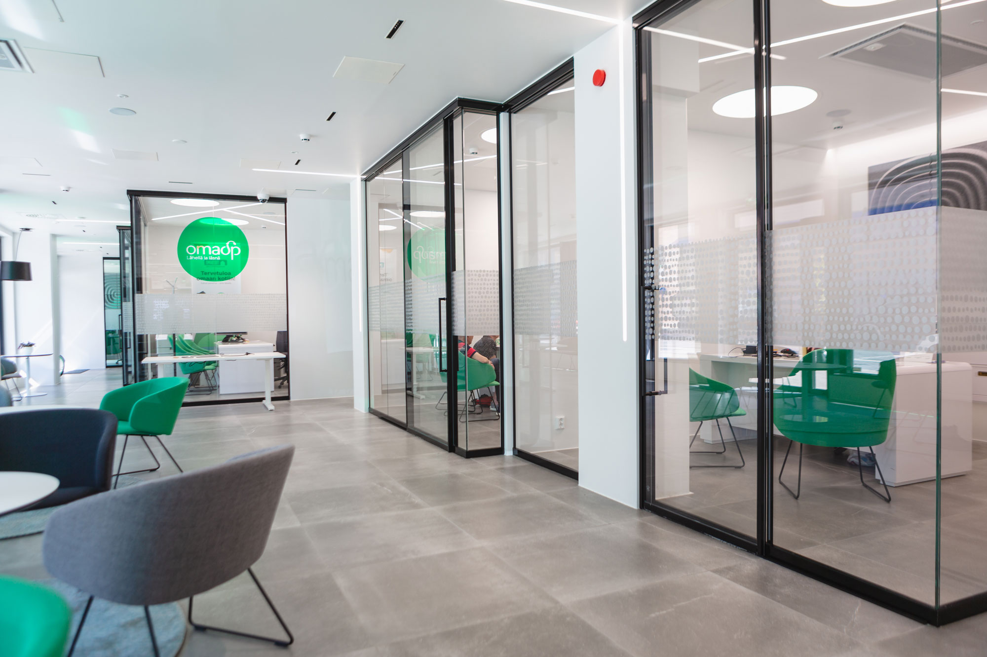 Scanmikael Office glass walls_Smart glass walls_OmaSP Seinäjoki, Finland