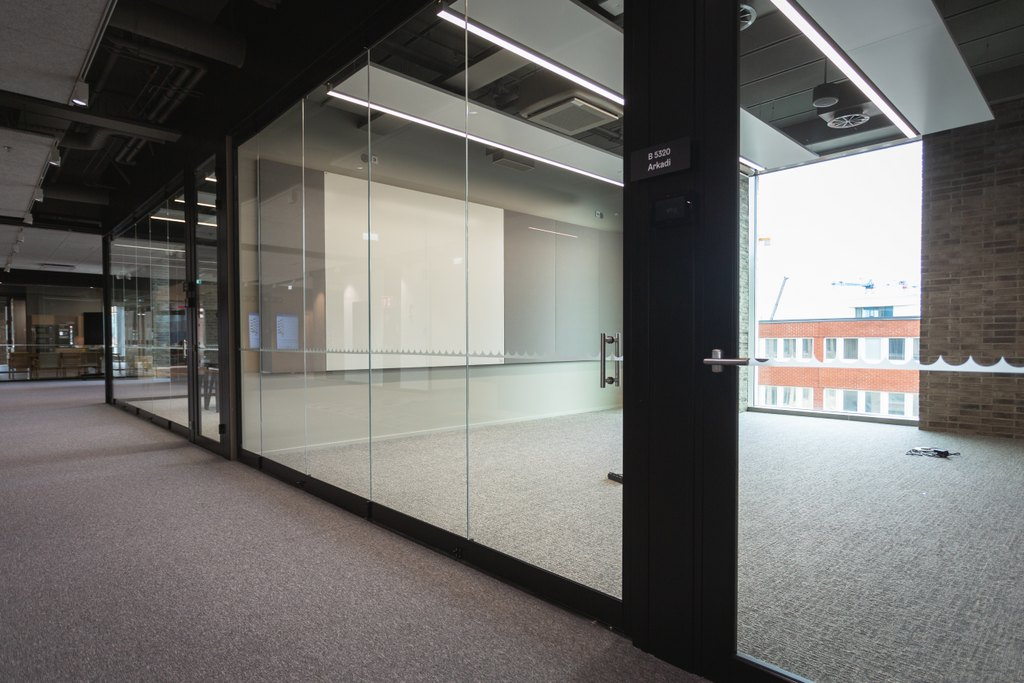 Scanmikael_Folding glass walls_Urban Environment House, Helsinki Finland